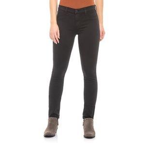 NWT J Brand 485 black Mid Rise Super Skinny Jeans